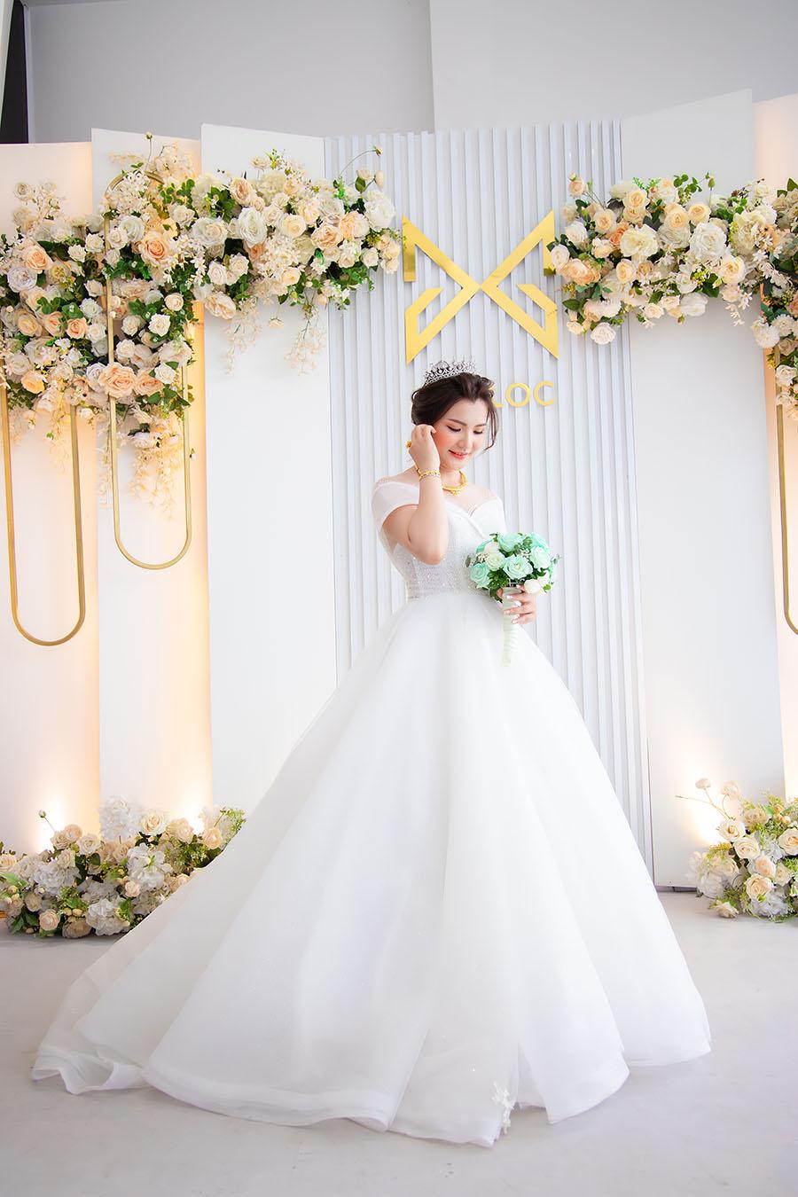Trang điểm cô dâu tại nhà cùng Make Up Artist nổi tiếng