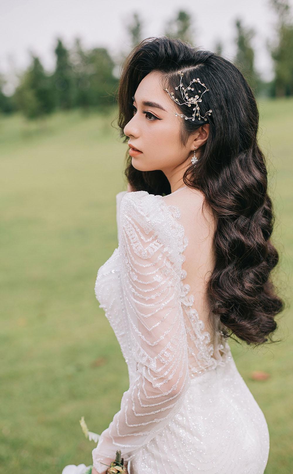 Tạo khối trong trang điểm cô dâu phong cách Tây