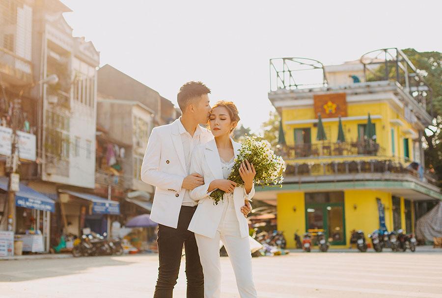 Xu hướng chụp ảnh cưới đường phố