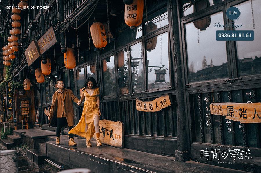 Ý tưởng chụp ảnh cưới độc đáo ở Phượng Hoàng Cổ Trấn