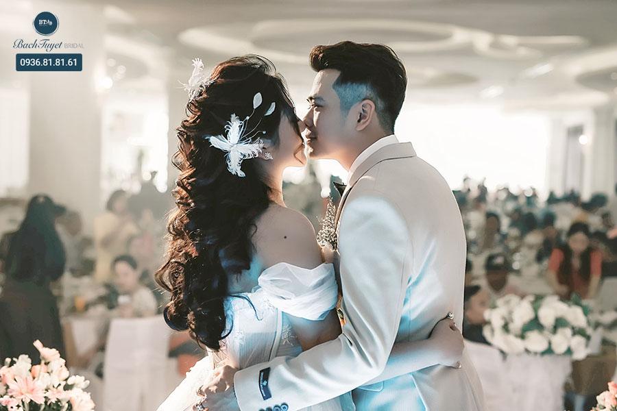 Chụp phóng sự cưới là gì
