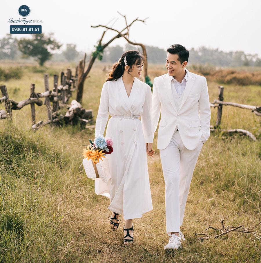 Trang phục chụp ảnh cưới năng động