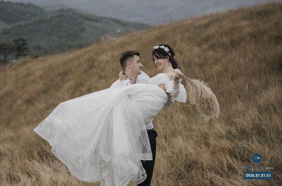 Trang phục nhẹ nhàng chụp ảnh cưới