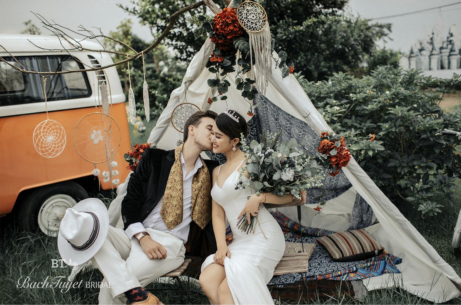 Ghi lại khoảnh khắc đáng nhớ với 11 ý tưởng chụp ảnh cưới độc – lạ – chất