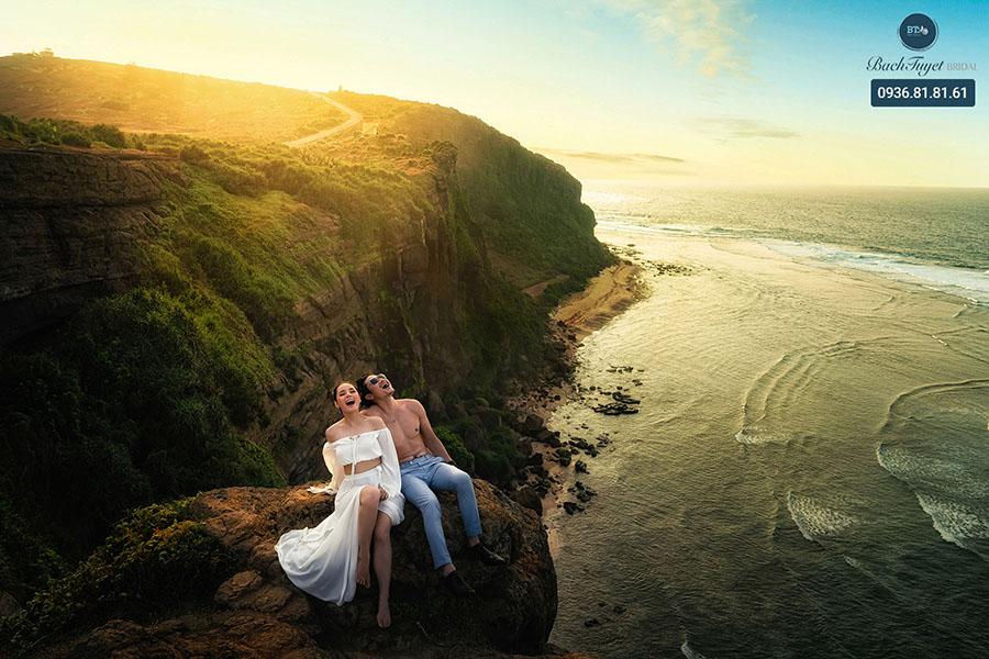 Ảnh cưới dã ngoại tại đảo Lý Sơn