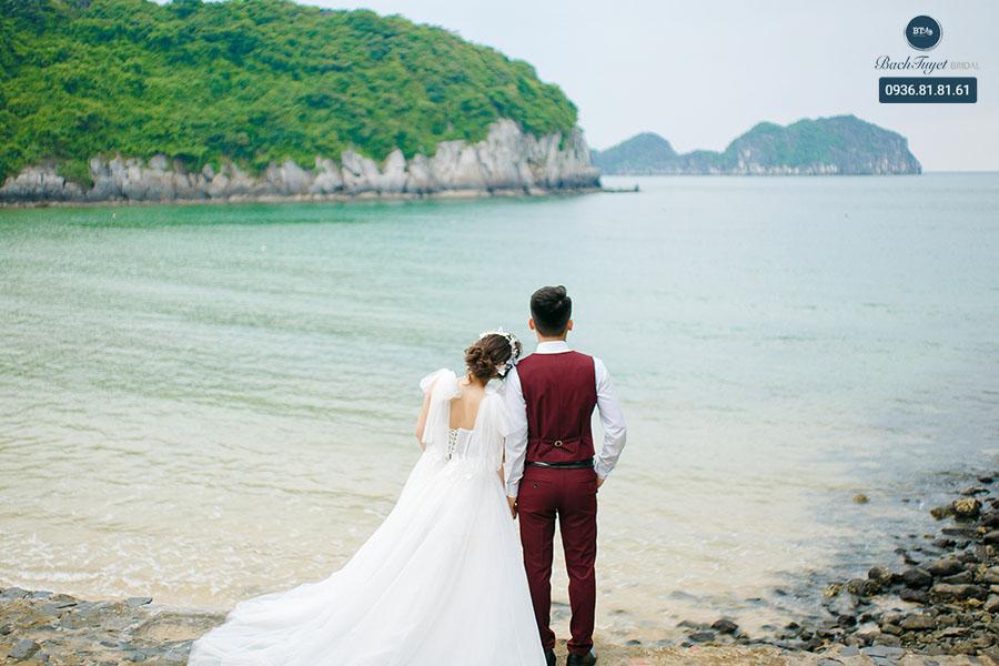 Ảnh cưới chụp tại bãi biển Cát Cò