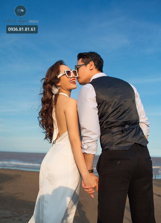 Chụp ảnh cưới ở Đồ Sơn theo phong cách lãng mạn
