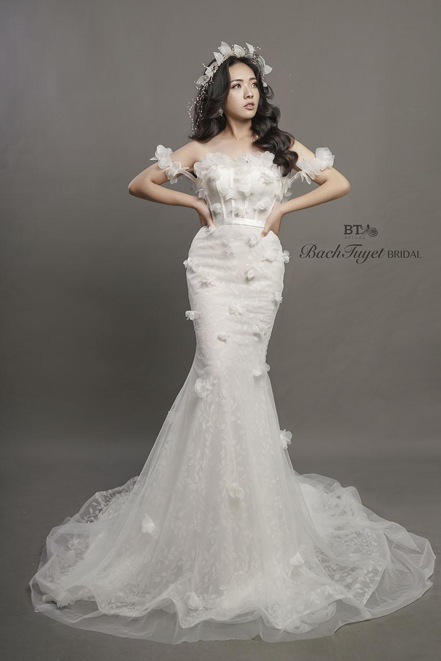 Váy cưới cho cô dâu cá tính mạnh mẽ