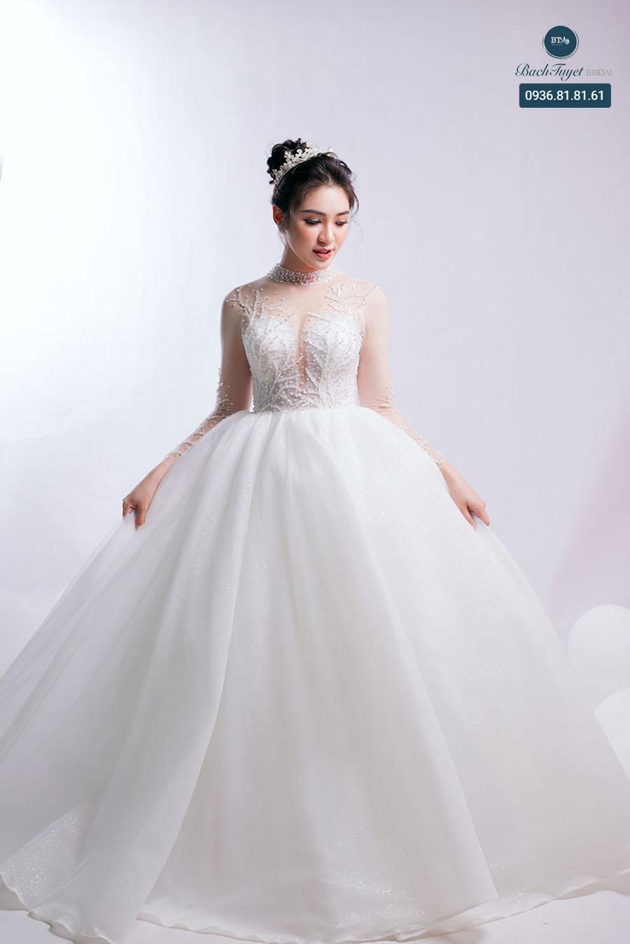 Váy cưới cho cô dâu trẻ trung